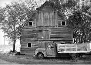 A Nebraska Barn Journey Card